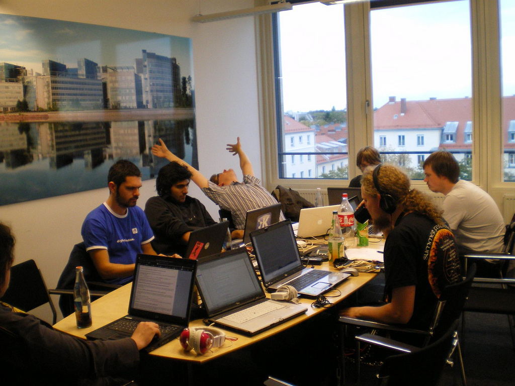 Dev Environment Wallpaper: Gluon Sprint Wrap-Up